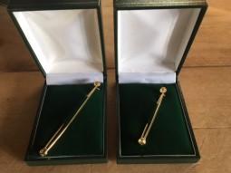 Boxed plain pins